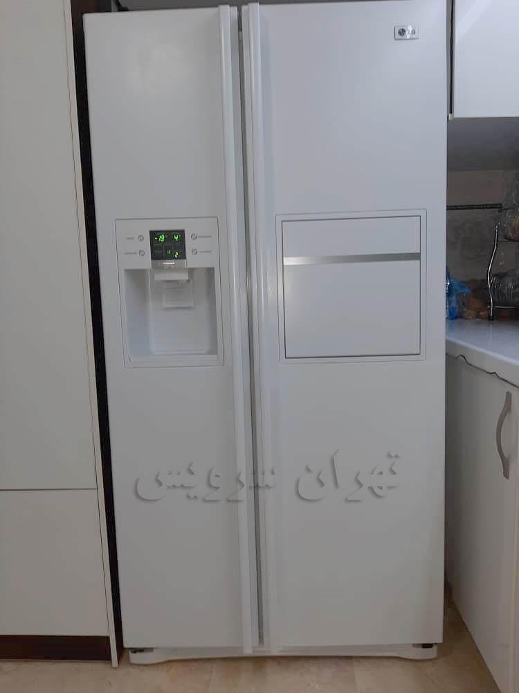 نمونه درب یخچال تعمیر شده در شرکت تهران سرویس